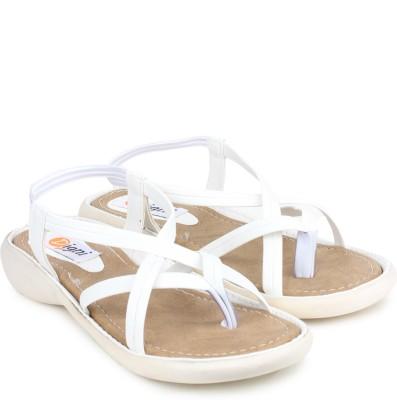 Digni Women White Flats