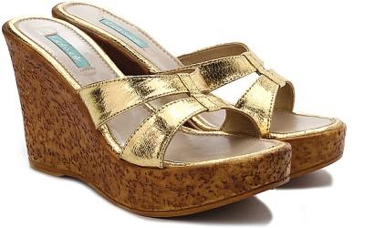 Catwalk Women Gold, Tan Wedges
