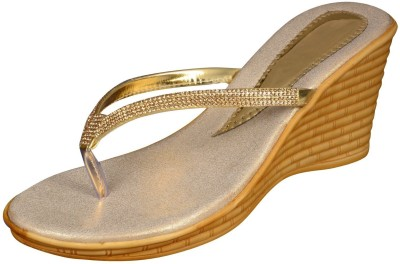 Kolapuri Centre Women Gold Heels