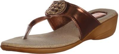 Kolapuri Center Women Brown Heels