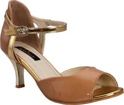 Welson Women Beige Heels