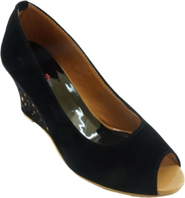 AM by Penny Women Black Wedges