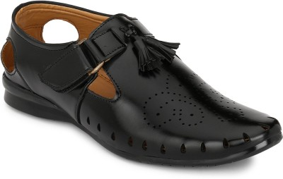 FOOTLODGE Men Black Sandals