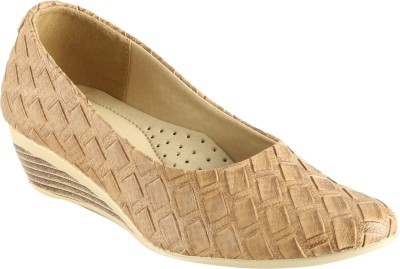 Meriggiare Women Beige Wedges