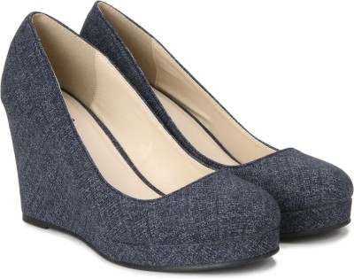 QUPID Women BLDEFB Wedges at flipkart