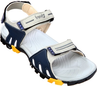 VKC Trendz Men Grey, Blue Sandals