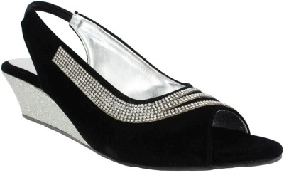 Scantia Women Black Heels