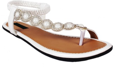 SCANTIA Girls White Flats