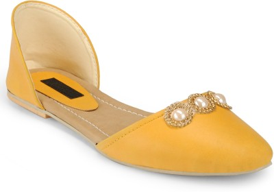 Something Different Women Beige, Yellow Flats