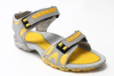 Flaps Men Grey, Yellow Sandals