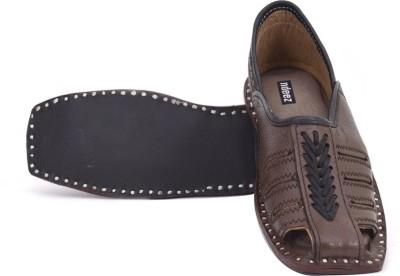 ndeez Men, Boys Brown Sandals