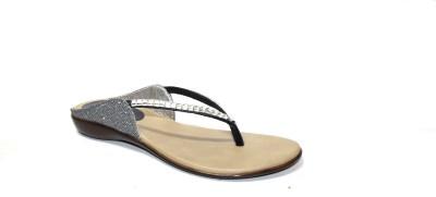 Trotters Women Black Flats