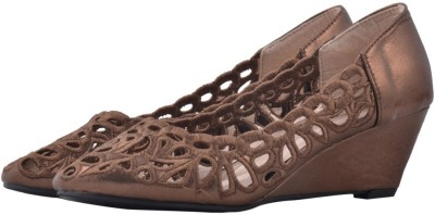 Shuberry Women Brown Wedges