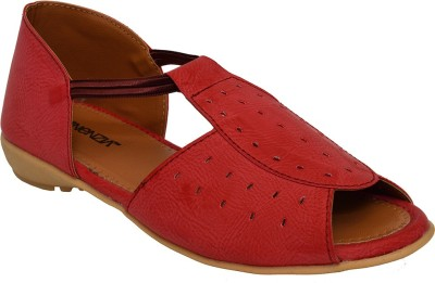 Vinenzia Women Red Flats