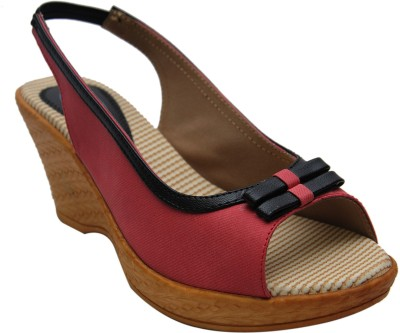 FILLS Women Red Wedges