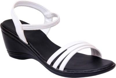 Lily Women White Wedges