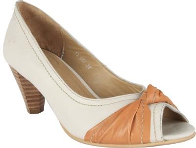 Salt N Pepper 12-056 Helen White Cuio Women White Heels