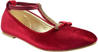 Mega Steps Women Maroon Bellies
