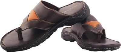 XQZITE Men Black, Tan Sandals