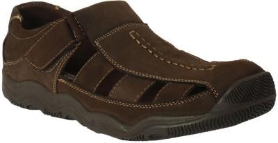Action Shoes Men Brown Sandals