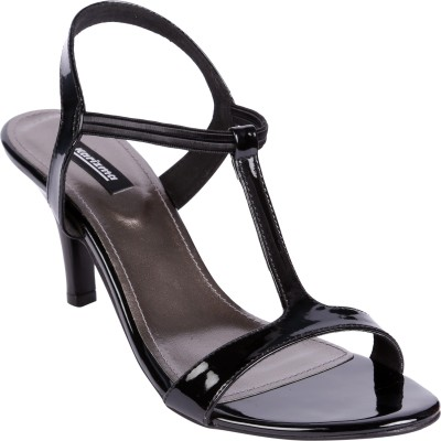 karizma shoes Women Black Heels