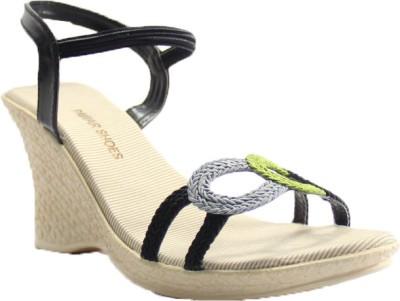 PAWAR Women Black Heels