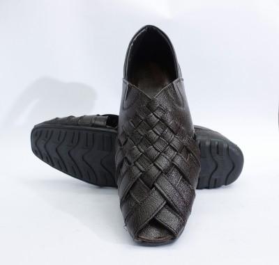 ASHIRWAD Men, Boys Brown Sandals