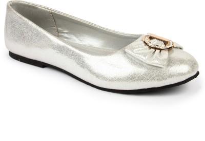 DANR Women Silver Flats