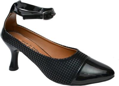 Belle Femme Women Black Heels