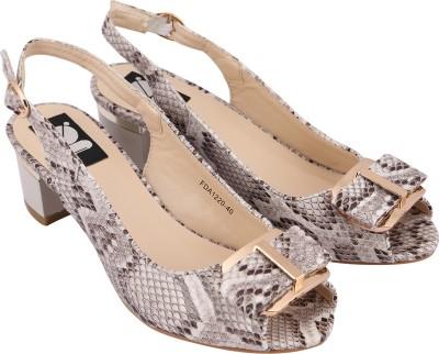 Gossip Women White Heels