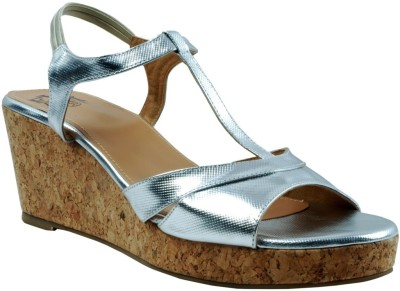 EVE DIOR Women Silver Wedges