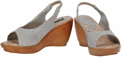 Baba Enterprises Women Brown, Grey Wedges