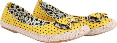 Welson Women Yellow Flats