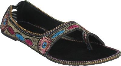 Abile Valor Women Black Flats