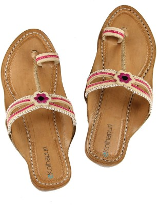 Ekolhapuri Women Pink Flats