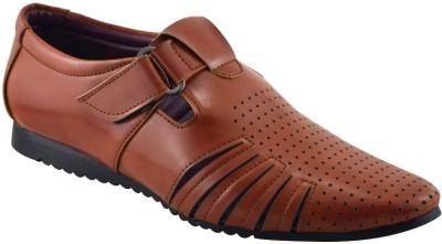 Elvace Men Brown Sandals
