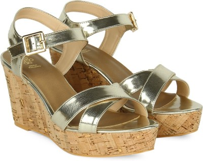 Tresmode Women GOLD Sports Sandals