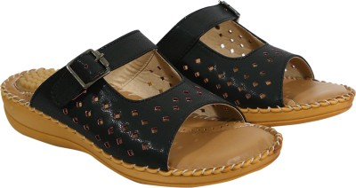 FashionPedia Women Black Flats