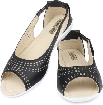 Moonwalk Women Black Flats