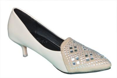 Ladela Women Beige Heels at flipkart