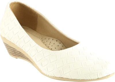 Meriggiare Women White Wedges