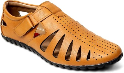 Peponi Men Tan Sandals