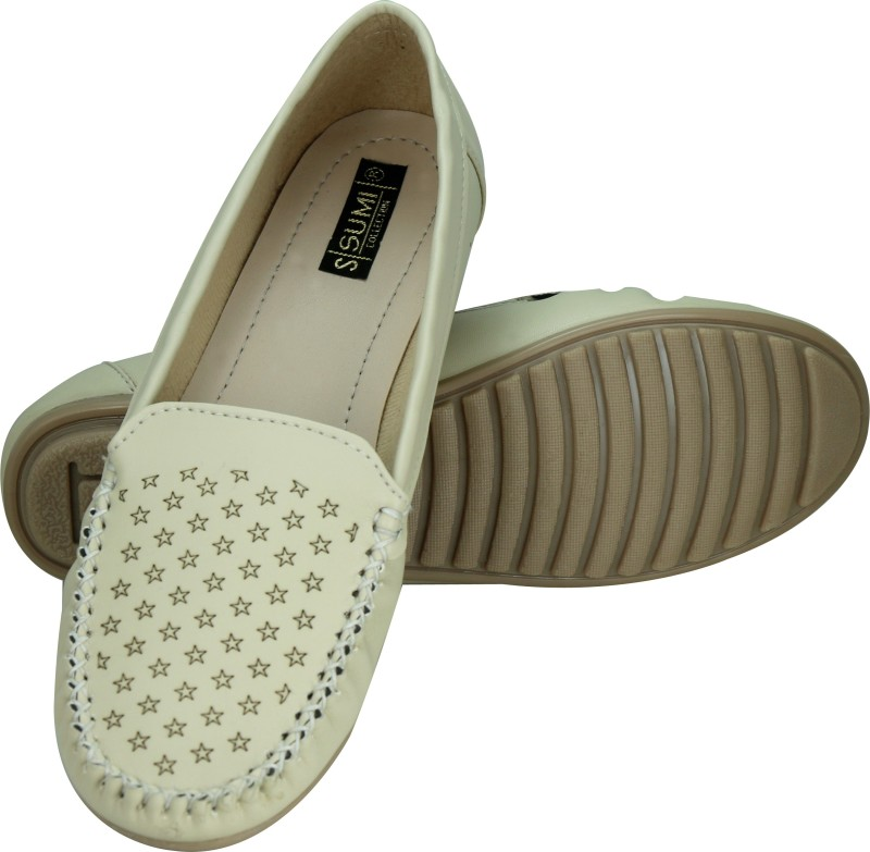 Sumi Collections Women Beige Fla...