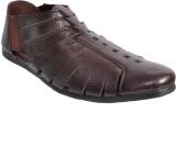 Stan Chief Men Brown Sandals