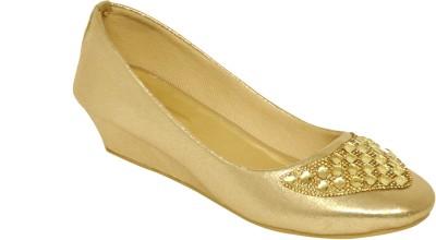 Stepee Women Gold Wedges