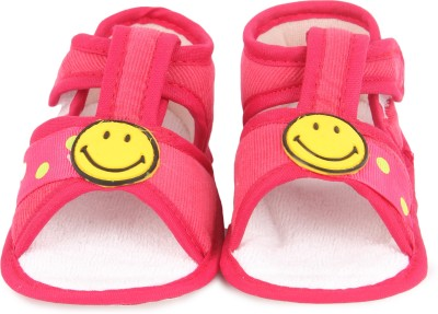 Instabuyz Baby Girls, Baby Boys Pink Sandals