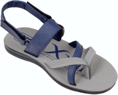 Faster Men Blue, Grey Sandals