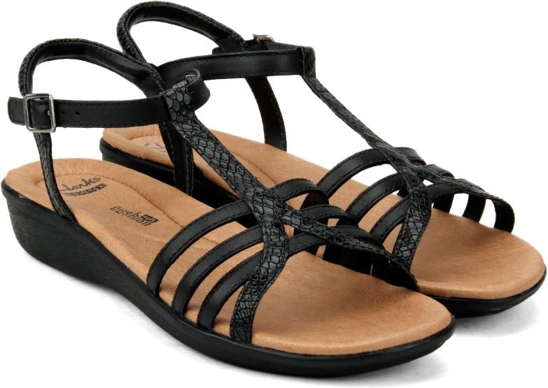 169ddc9c5 Clarks Manilla Porta Black Leather Women Sports Sandals