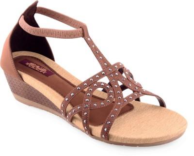Shuz Touch Women Brown Flats