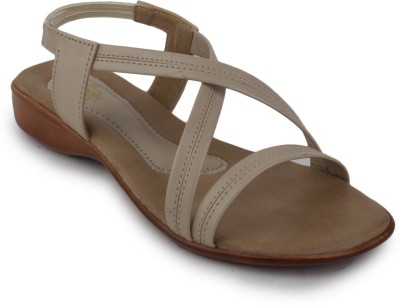 Metrogue Women Tan Flats